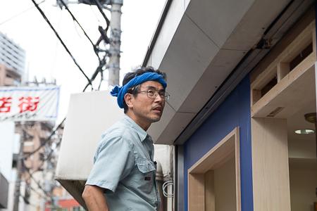 店舗補修工事 職人の顔