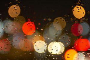 6月 JUNE  梅雨 ガラスについてる水滴