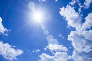 紫外線 青い空 太陽